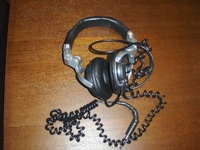 headphones_02.jpg